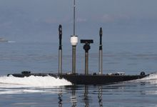 解放军基洛潜艇吊装俱乐部巡航导弹 攻陆不在话下