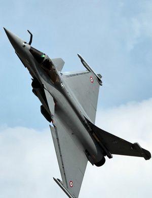 """埃及空军新到货三架""""阵风""""战斗机 急忙显摆"""