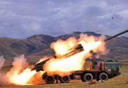 西藏军区新模块化火箭炮群高原亮剑 多发齐射