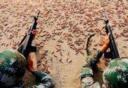 解放军边防神枪手苦练射击 遍地弹壳如黄金甲