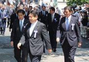 日本新右翼力推安保法 叫嚣击沉中国赴钓岛船只