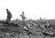 """被美军击毙的""""万岁冲锋""""日军"""