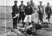 日军又一黑镜头:1900年日军斩杀义和团团员照