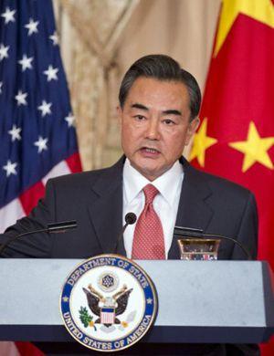 王毅外长:中国今年成功营救20名海外被绑架同胞