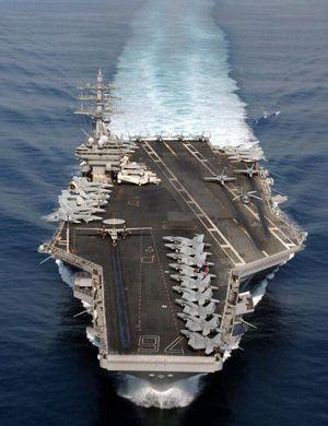 日媒妄称中国辽宁号难敌美航母 在南海束手无策