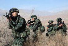 新疆90后武警1次击毙6名暴徒 大刀擦头皮掠过