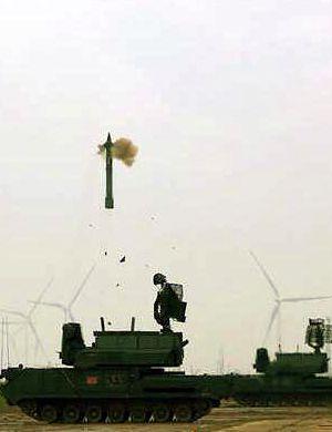 中国国产道尔M1导弹系统实弹射击 俄有更新型号