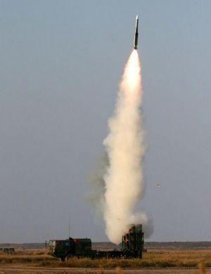 空军实弹演习 红旗-9与红旗-12导弹打出14中成绩
