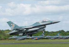 印度尼西亚在纳土纳群岛举行最大军演 称应对威胁