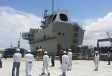 印度请越南参观国产航母 下水一年舰岛仍是空壳