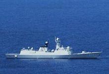 国防部回应中美军机黄岩岛附近接近:中方做法专业
