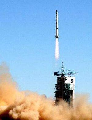 中国新型长征8号火箭明年首飞 大幅降低卫星发射费用