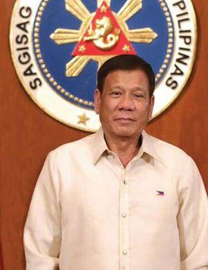 菲总统回应亲中国指责:那就请带兵去南海打仗吧