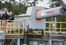 杀伤力真不小!美军电磁炮射击钢板测试全记录