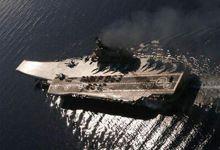 俄海军老航母摆字表决心 甲板粉刷一新重新划线