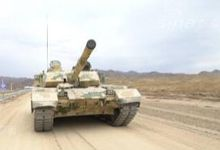 踩一脚就走!中国VT4坦克用自动挡谁都可驾驶