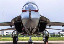 中国最优秀的教练机?L15B战机超清细节美如画