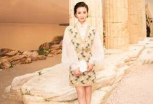刘诗诗轻纱袖针织裙甜美助阵Chanel早春秀