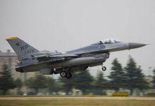 美韩在朝鲜半岛举行空战演习 密密麻麻F15出阵