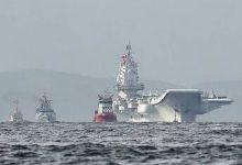 辽宁舰访港 市民海边等候:期待第2、第3艘来港