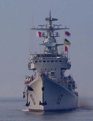 """功勋老051舰""""南昌舰""""退役后首次对外开放"""