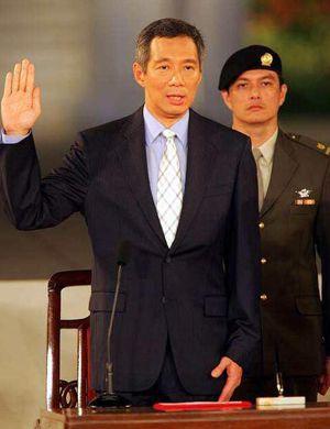 李显龙访华 中国和新加坡从五大领域加强经济联系