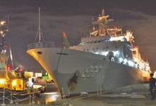 中国新锐军舰在伦敦宿舶 昔日海上霸主百感交集