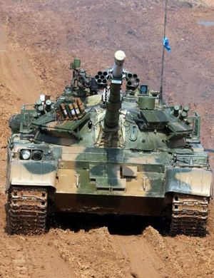 俄国这样审美?参加坦克大赛中国96坦克涂装奇特