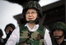 台湾民众反对台军花2亿换军服 台防务部门却偏要换