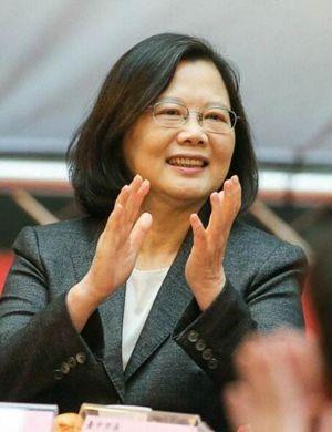 蔡英文上任未提升台湾女性地位 民调:2成女性打0分