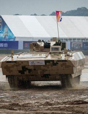 中国新战车超越俄国装甲车 获赞装甲版卡迪拉克