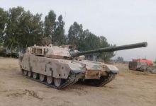 准备要买?疑似巴基斯坦军人测试VT-4坦克画面曝光</h1>