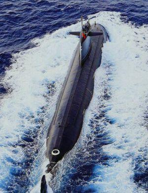 我军同款何时出炉?俄罗斯巡航导弹核潜艇救小船