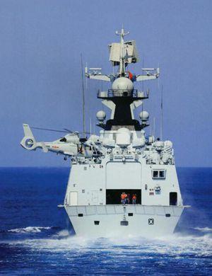 韩国又没拍着!我军054A舰护送高新机奔袭日本海