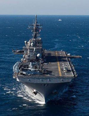 中国075两栖舰有望明年下