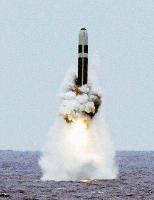 瞄准美国!俄高官宣称将接收新型萨尔马特洲际导弹