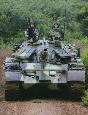 等着你无人化呢!我军59D坦克成教练车专门培训驾驶