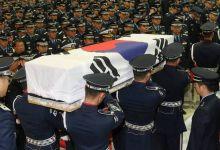 战友送行悲痛不已!韩F15K坠机遇难飞行员葬礼举行