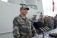 中央军委在南海海域隆重举行海上阅兵