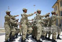 手伸得太长!土耳其军官培训索马里黑蜀黍跑步打枪