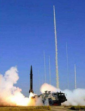 中国版潘兴2!我军东风21C导弹冷发射瞬间曝光