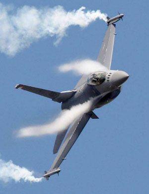 小贼好胆!台湾出动F16与IDF战机尾随我绕岛军机