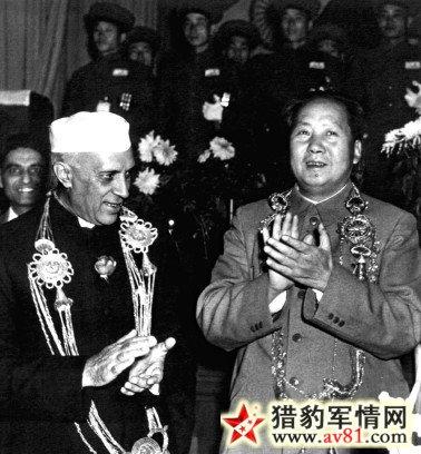 尼赫鲁为何与中国兵戎相见:以更加强硬来迎合选民
