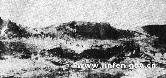 总攻临汾,临汾旅坑道爆破成功,坚厚的城墙炸开两个大豁口