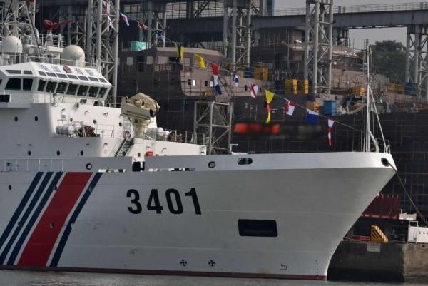 记者亲历南海执法:外籍渔船气焰嚣张!