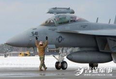 美研沉默大黄蜂舰载机 假想敌为中国歼15战机